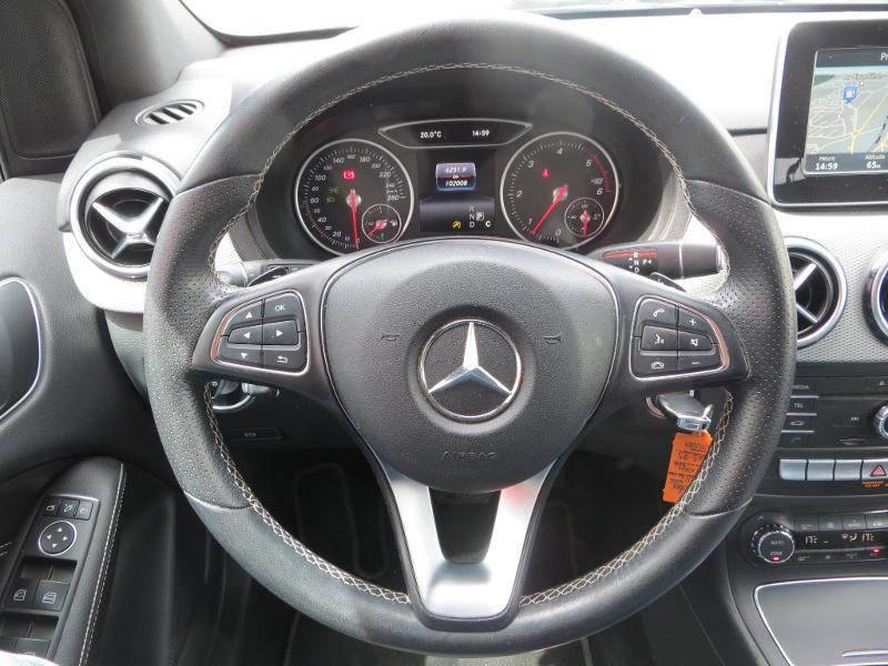 Mercedes Classe B 200 200d 136ch Sensation 7G-DCT Noir occasion à La Roche-sur-Yon - photo n°7