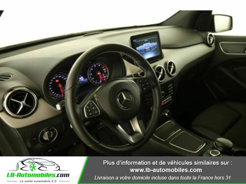 Mercedes Classe B 220 220 Blanc occasion à Beaupuy - photo n°4
