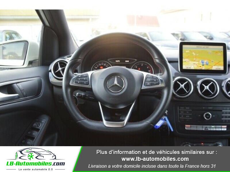 Mercedes Classe B 220 220d 4Matic AMG Blanc occasion à Beaupuy - photo n°7