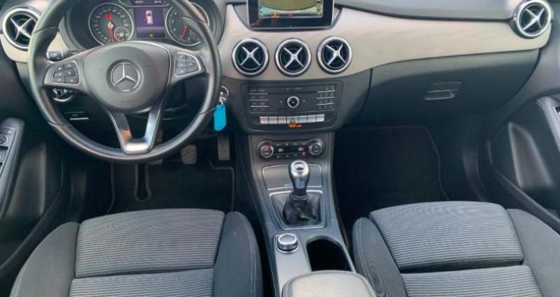 Mercedes Classe B 160 102ch Business Edition Bleu occasion à Douai - photo n°5