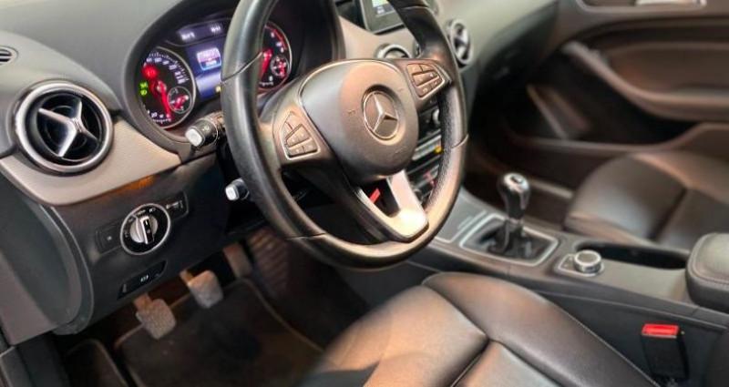 Mercedes Classe B 160 d Inspiration Noir occasion à Lens - photo n°7