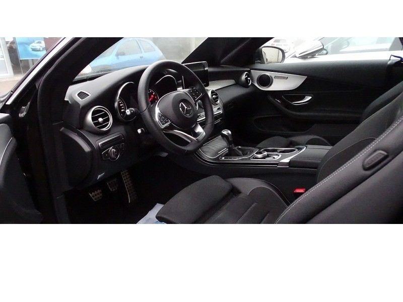 Mercedes Classe C 180 180 Coupé Noir occasion à Beaupuy - photo n°2