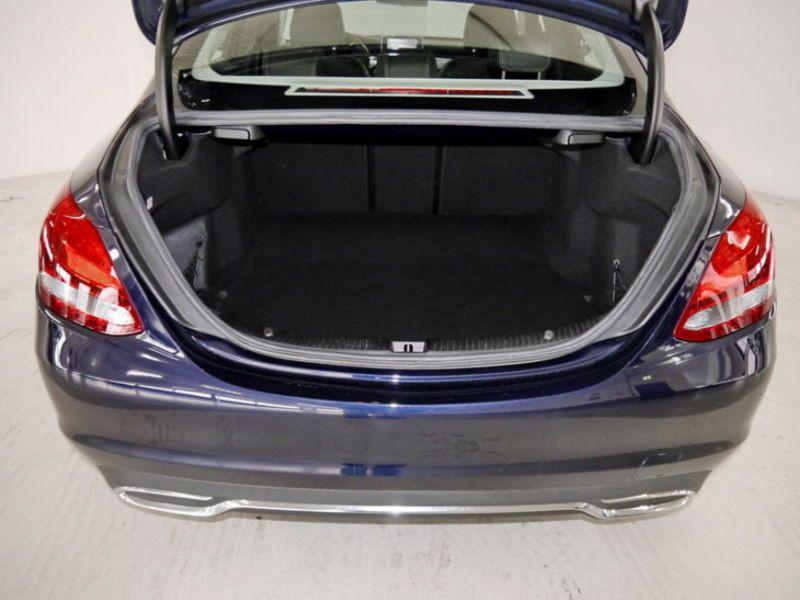 Mercedes Classe C 180 180 Bleu occasion à Beaupuy - photo n°7
