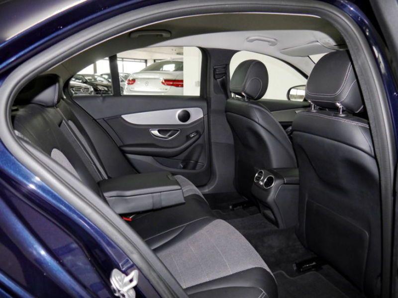 Mercedes Classe C 180 180 Bleu occasion à Beaupuy - photo n°4