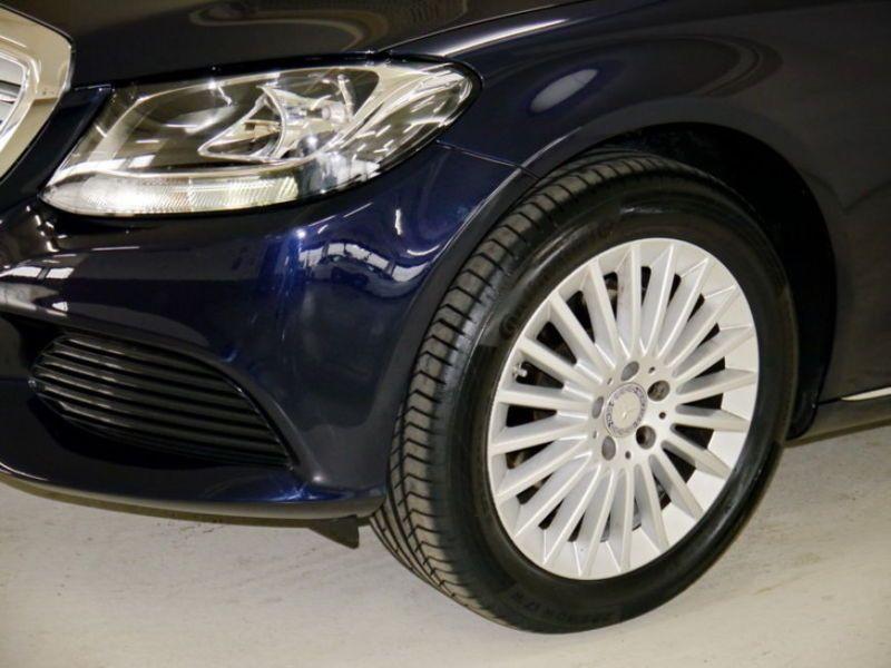 Mercedes Classe C 180 180 Bleu occasion à Beaupuy - photo n°8