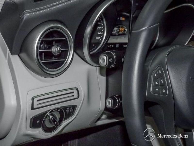 Mercedes Classe C 200 200 AMG Noir occasion à Beaupuy - photo n°7