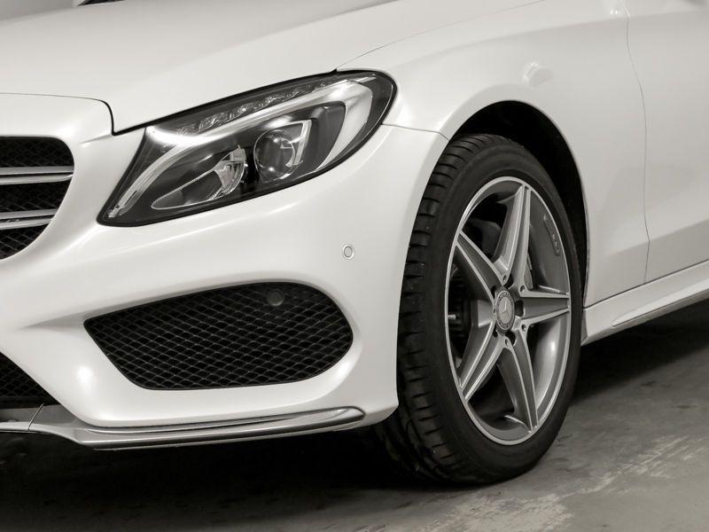 Mercedes Classe C 200 200 CDI AMG Blanc occasion à Beaupuy - photo n°9