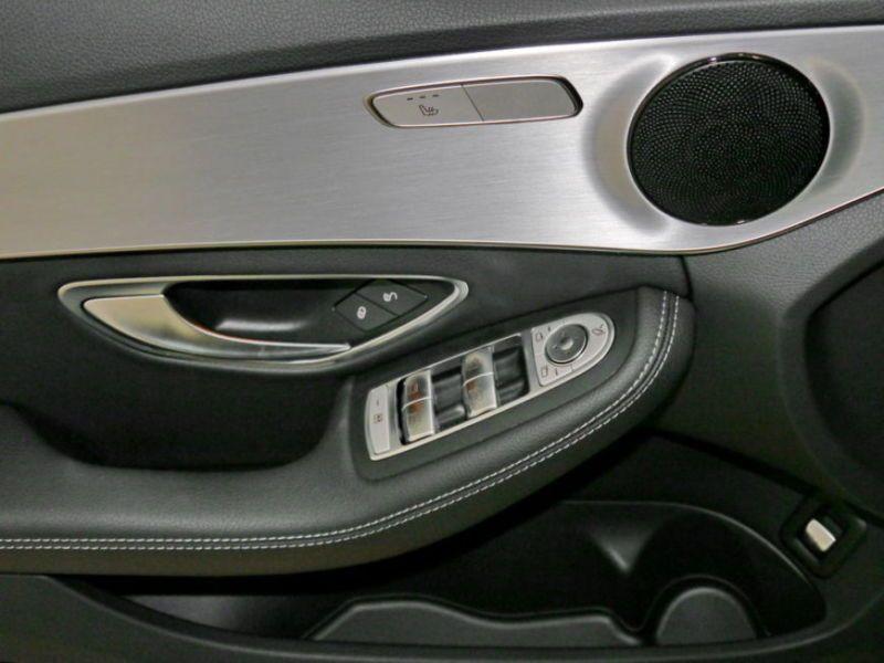 Mercedes Classe C 200 200 Noir occasion à Beaupuy - photo n°7