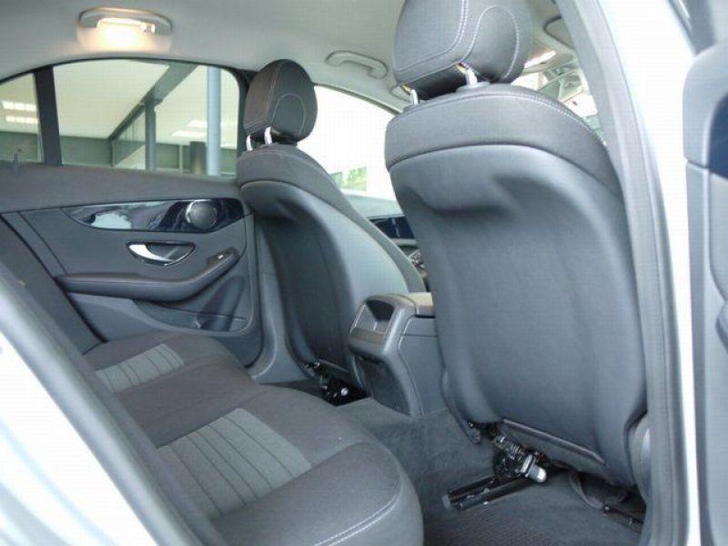 Mercedes Classe C 220 220 CDI AMG Argent occasion à Beaupuy - photo n°4
