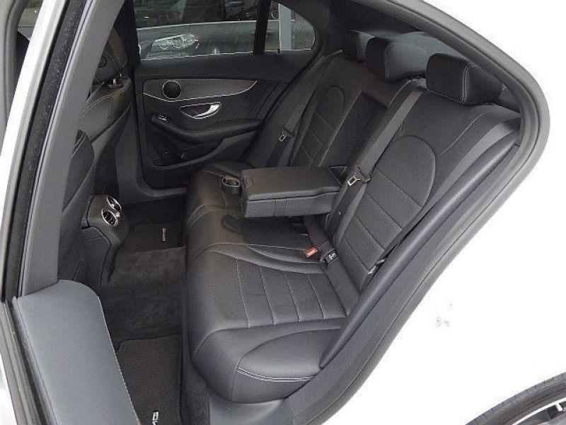 Mercedes Classe C 220 220 CDI AMG Blanc occasion à Beaupuy - photo n°6