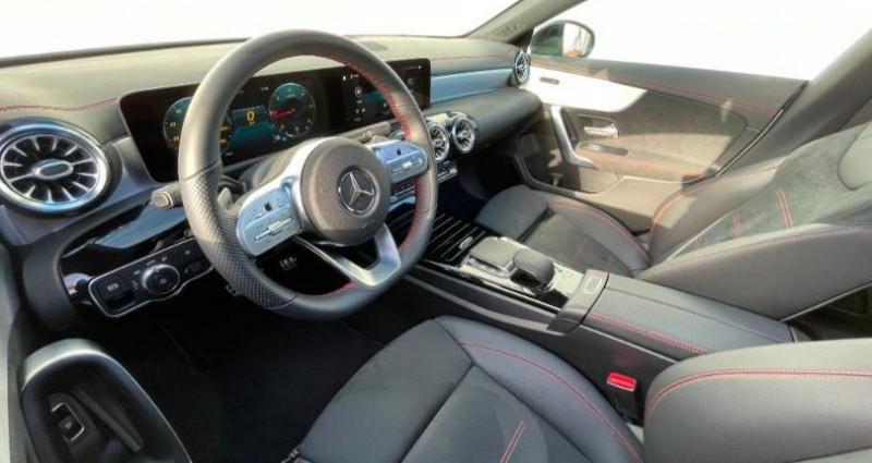 Mercedes Classe CLA Shooting brake 180 d 116ch AMG Line 7G-DCT Blanc occasion à Cambrai - photo n°7
