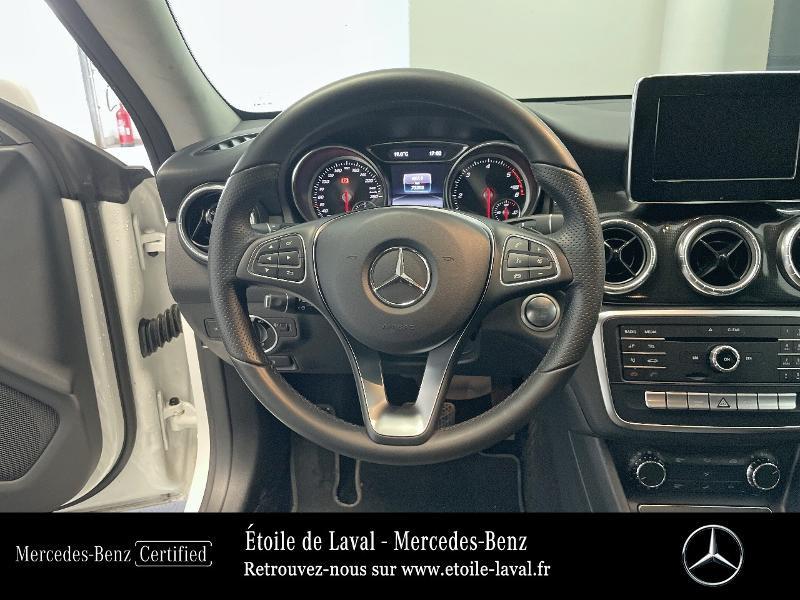 Mercedes Classe CLA Shooting brake 180 d Inspiration 7G-DCT Blanc occasion à BONCHAMP-LES-LAVAL - photo n°7