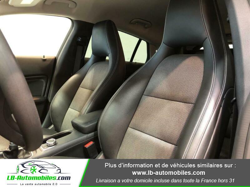 Mercedes Classe CLA Shooting brake 180 Shooting Brake Noir occasion à Beaupuy - photo n°5