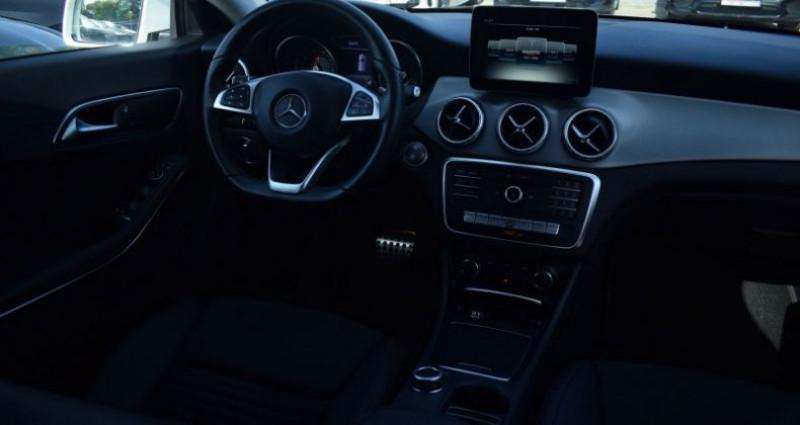 Mercedes Classe CLA Shooting brake 200 D FASCINATION 7G-DCT AMG Blanc occasion à VENDARGUES - photo n°2