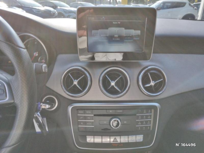 Mercedes Classe CLA Shooting brake 200 d Sensation 7G-DCT Noir occasion à Deauville - photo n°11