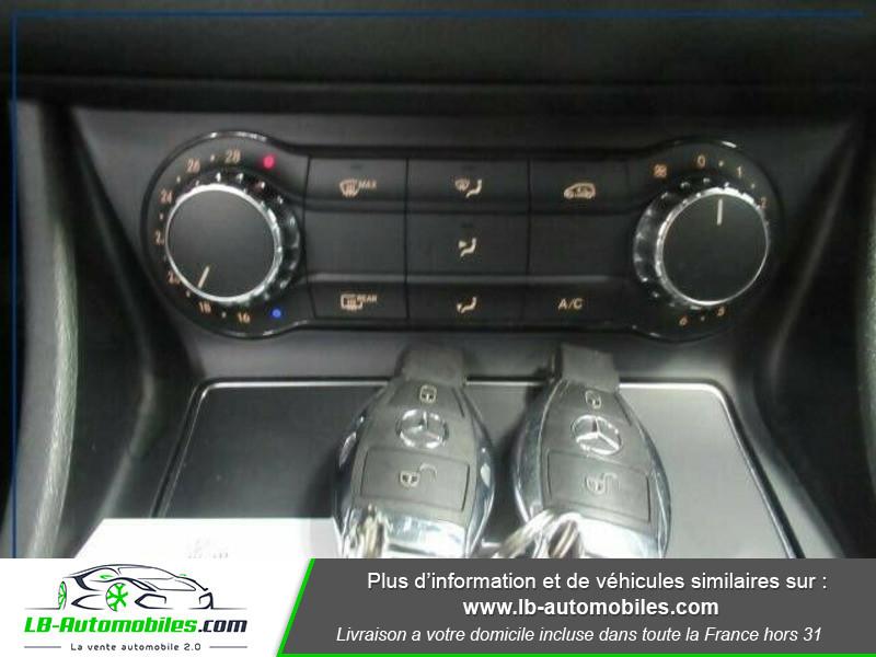 Mercedes Classe CLA Shooting brake 200d Noir occasion à Beaupuy - photo n°8
