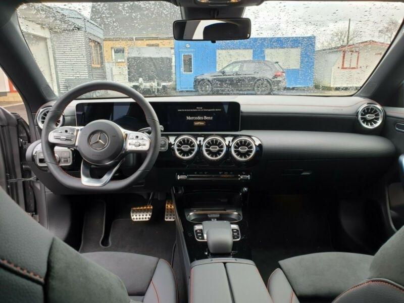 Mercedes Classe CLA Shooting brake 220 D 190CH AMG LINE Gris occasion à Villenave-d'Ornon - photo n°6