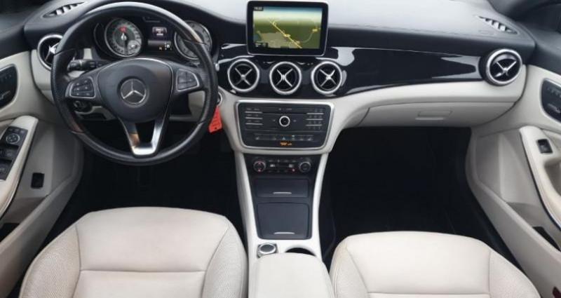 Mercedes Classe CLA Shooting brake 220 d Sensation 7G-DCT Noir occasion à La Rochelle - photo n°6