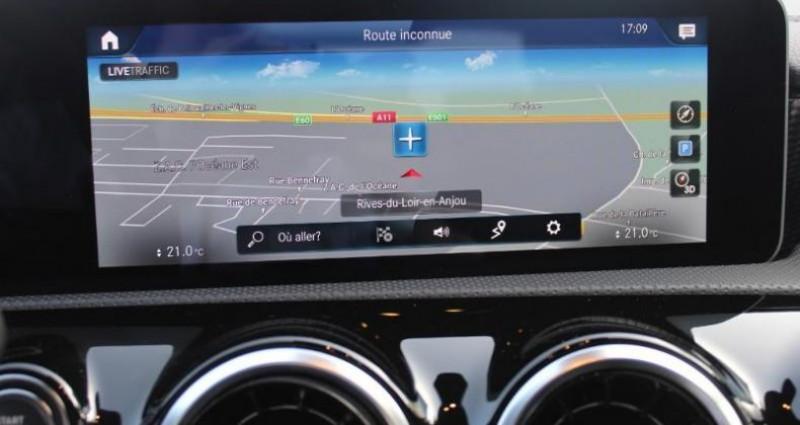 Mercedes Classe CLA 180 d 116ch Progressive Line 7G-DCT Argent occasion à Distre - photo n°5