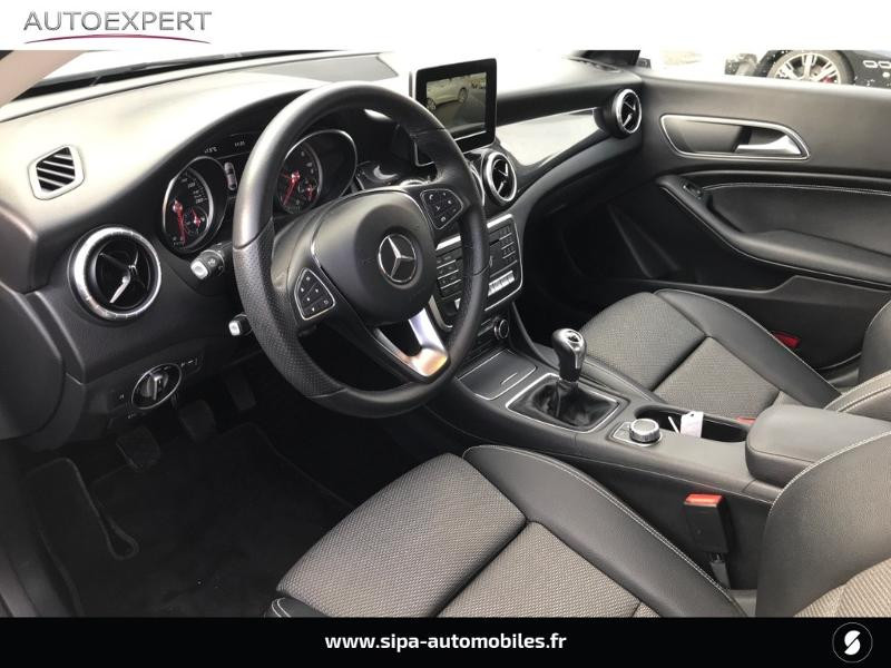 Mercedes Classe CLA 180 d Inspiration Blanc occasion à Mérignac - photo n°10