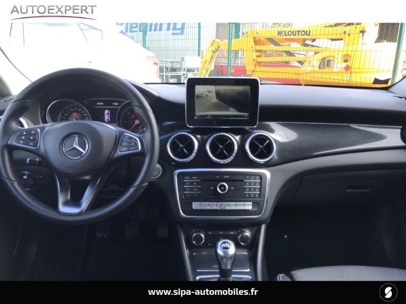 Mercedes Classe CLA 180 d Inspiration Blanc occasion à Mérignac - photo n°3