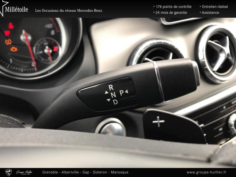 Mercedes Classe CLA 200 d Sensation 4Matic 7G-DCT Euro6c Blanc occasion à Gières - photo n°8