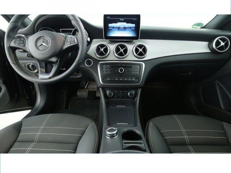 Mercedes Classe CLA 220 D Shooting Brake Noir occasion à Beaupuy