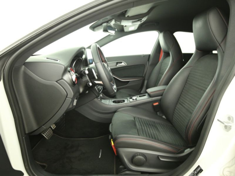 Mercedes Classe CLA 250 Shooting Brake 4Matic AMG Blanc occasion à Beaupuy