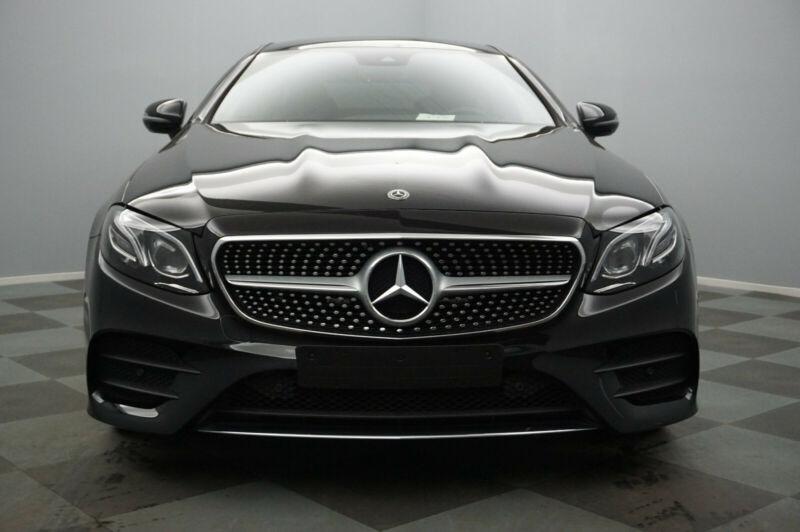 Mercedes Classe E 200 (C238) 200 184CH AMG LINE 9G-TRONIC Noir occasion à Villenave-d'Ornon - photo n°2