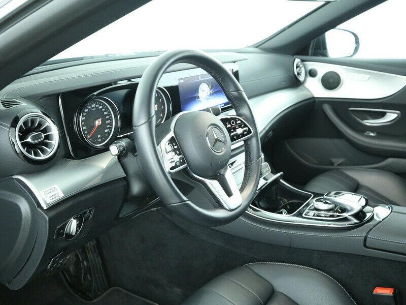 Mercedes Classe E 200 200 184CH EXECUTIVE 9G-TRONIC EURO6D-T Noir occasion à Villenave-d'Ornon - photo n°5