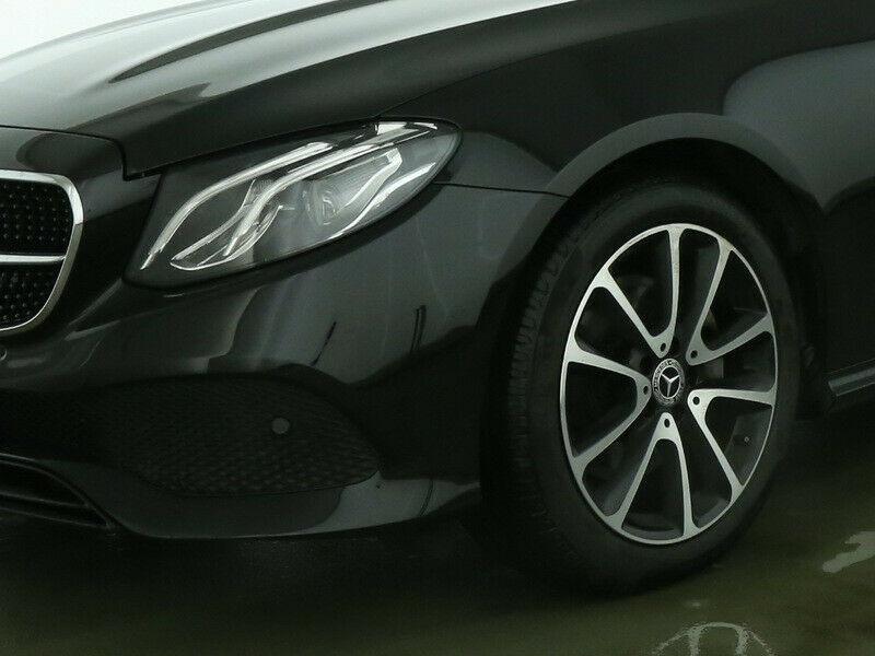 Mercedes Classe E 200 200 184CH EXECUTIVE 9G-TRONIC EURO6D-T Noir occasion à Villenave-d'Ornon - photo n°4