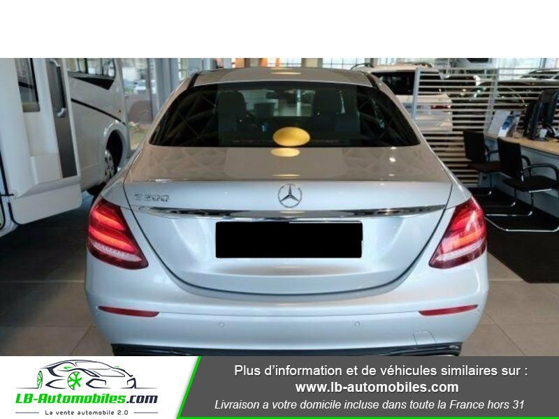 Mercedes Classe E 200 200 Argent occasion à Beaupuy - photo n°9