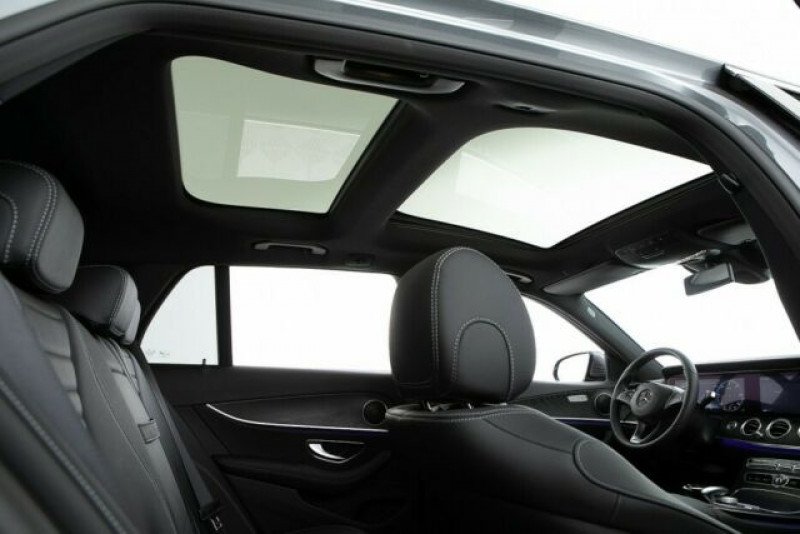 Mercedes Classe E 220 220 D 194CH 4MATIC 9G-TRONIC EURO6D-T-EVAP-ISC Gris occasion à Villenave-d'Ornon - photo n°9