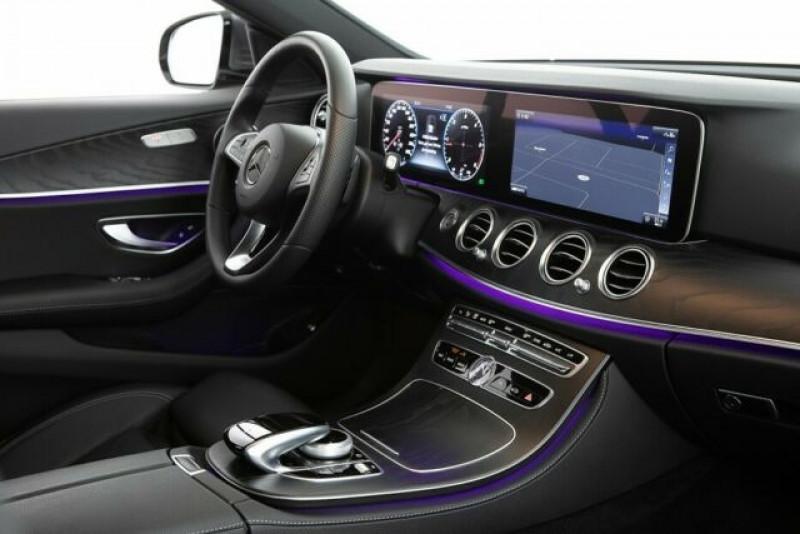 Mercedes Classe E 220 220 D 194CH 4MATIC 9G-TRONIC EURO6D-T-EVAP-ISC Gris occasion à Villenave-d'Ornon - photo n°7