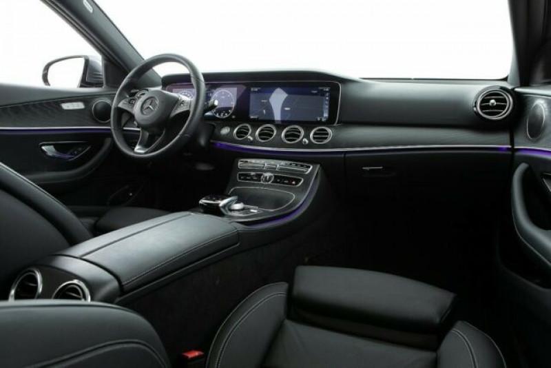 Mercedes Classe E 220 220 D 194CH 4MATIC 9G-TRONIC EURO6D-T-EVAP-ISC Gris occasion à Villenave-d'Ornon - photo n°3