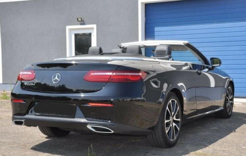 Mercedes Classe E 220 220 D 194CH EXECUTIVE 9G-TRONIC Noir occasion à Villenave-d'Ornon - photo n°6