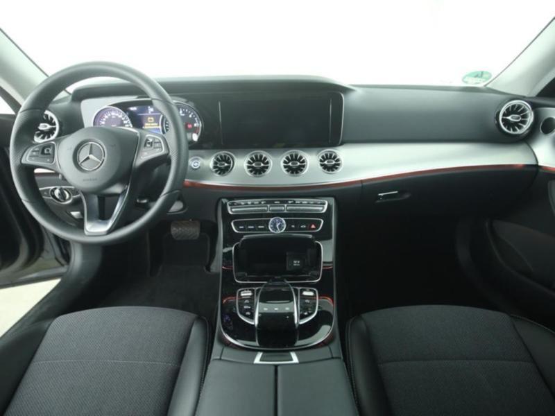 Mercedes Classe E 220 220 d Coupé Gris occasion à Beaupuy - photo n°2