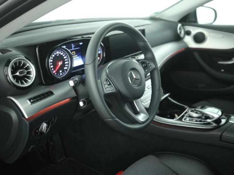 Mercedes Classe E 220 220 d Coupé Gris occasion à Beaupuy - photo n°7