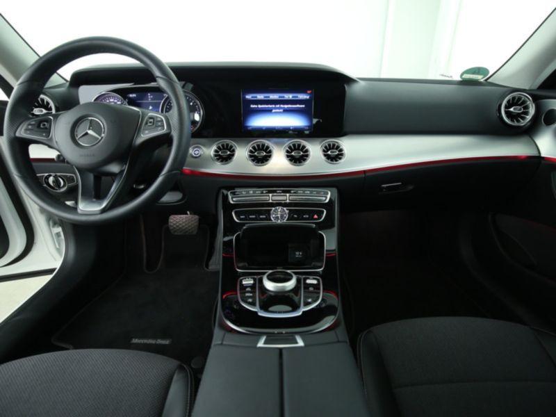 Mercedes Classe E 220 220 d Coupé Blanc occasion à Beaupuy - photo n°2