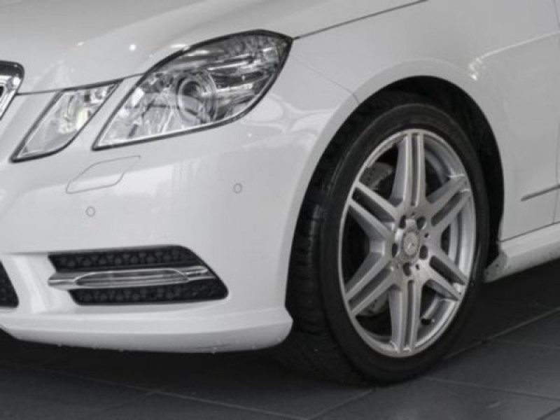 Mercedes Classe E 350 350 CDi AMG 252 CH Blanc occasion à Beaupuy - photo n°8