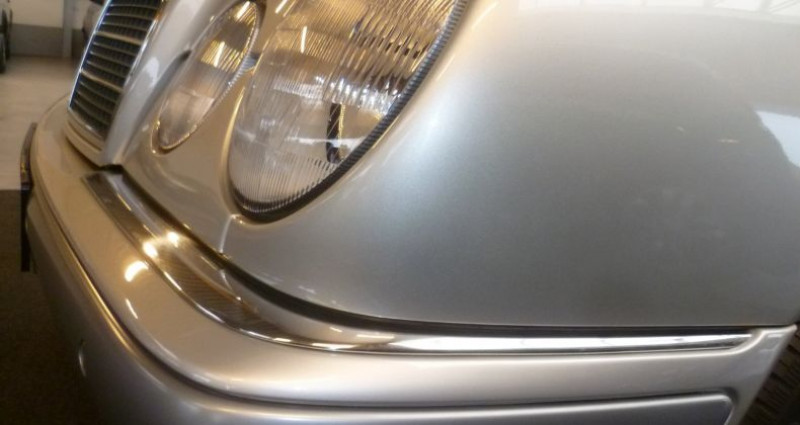 Mercedes Classe E 16000 km 'elegance' Argent occasion à Staden/oostnieuwkerke - photo n°3