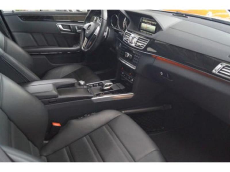 Mercedes Classe E 63 AMG 557 CH Blanc occasion à Beaupuy - photo n°4