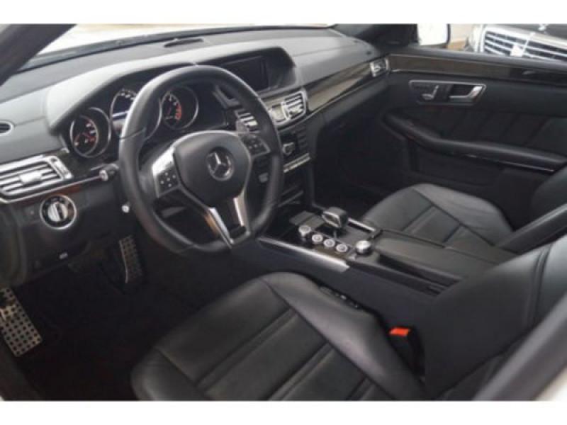 Mercedes Classe E 63 AMG 557 CH Blanc occasion à Beaupuy - photo n°3