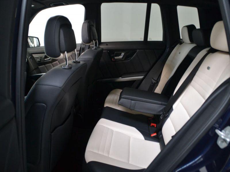 Mercedes Classe GLK 220 220 CDI AMG 4 Matic Bleu occasion à Beaupuy - photo n°3