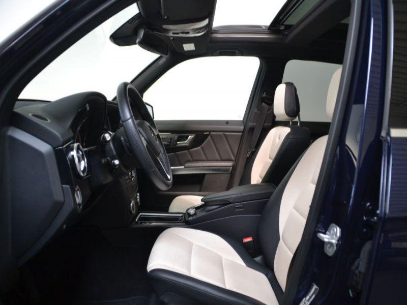 Mercedes Classe GLK 220 220 CDI AMG 4 Matic Bleu occasion à Beaupuy - photo n°4