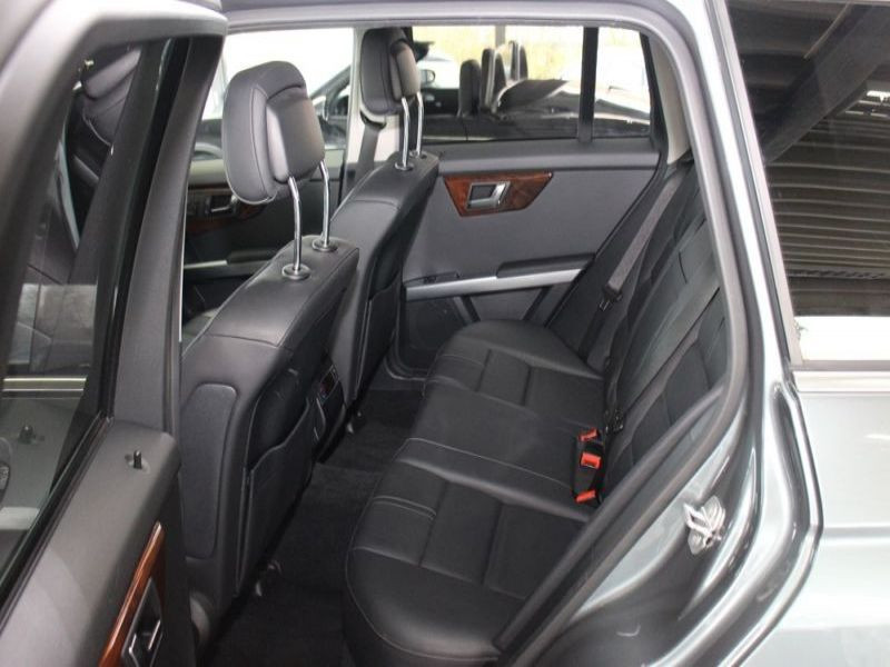 Mercedes Classe GLK 220 220 CDI AMG 4 Matic Gris occasion à Beaupuy - photo n°4