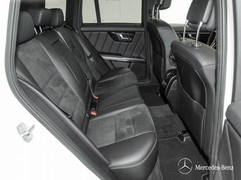 Mercedes Classe GLK 220 220 CDI AMG 4 Matic Blanc occasion à Beaupuy - photo n°4