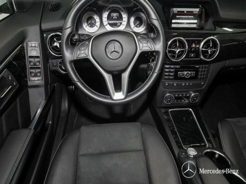 Mercedes Classe GLK 220 220 CDI AMG 4 Matic Blanc occasion à Beaupuy - photo n°5