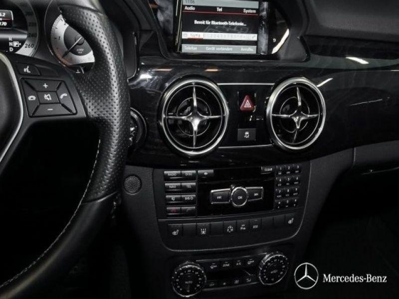 Mercedes Classe GLK 220 220 CDI AMG 4 Matic Blanc occasion à Beaupuy - photo n°6