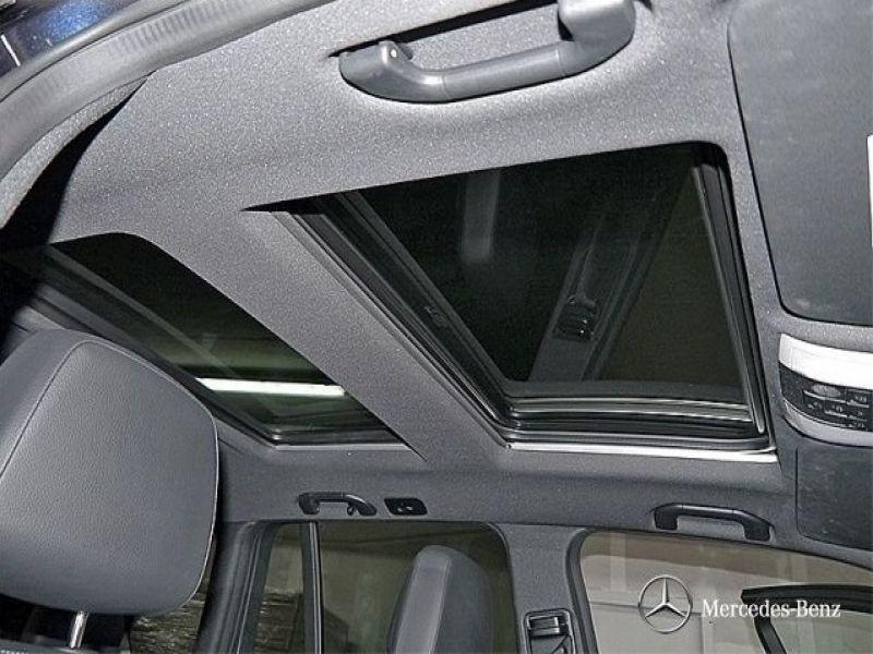 Mercedes Classe GLK 350 350 CDI 4 Matic AMG Bleu occasion à Beaupuy - photo n°8